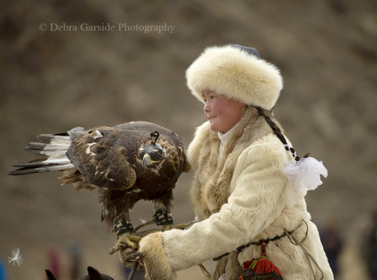 Eagle Huntress 1